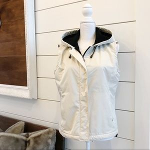 Eddie Bauer cream vest with black fleece lining